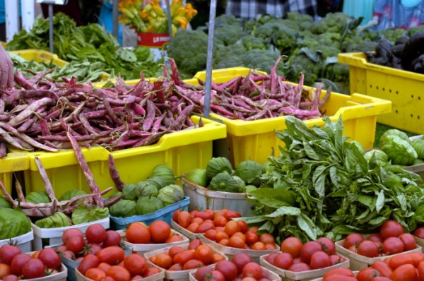 how to sell your produce at a farmers market